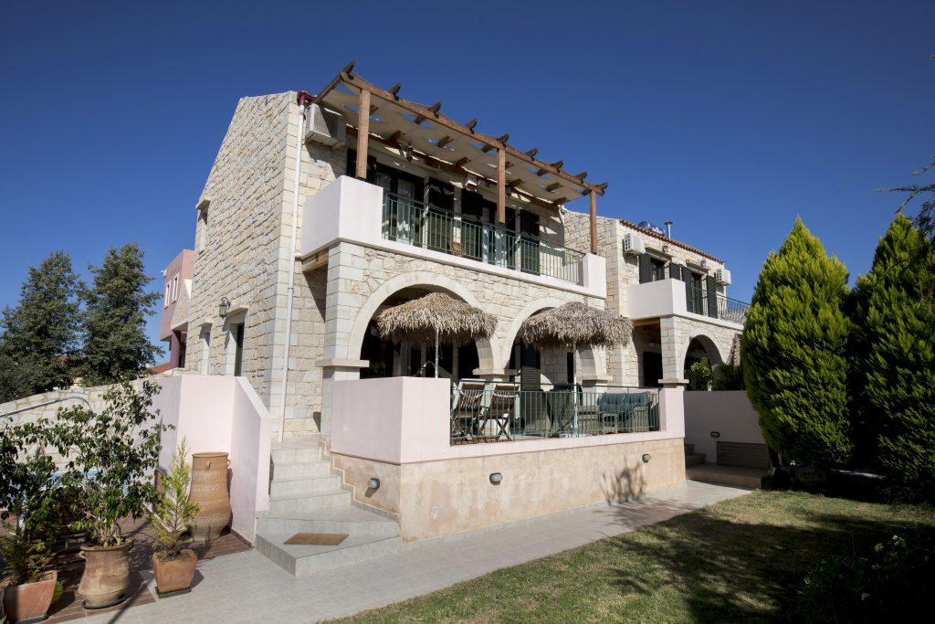 Villa Constancia & Villa Christy_2